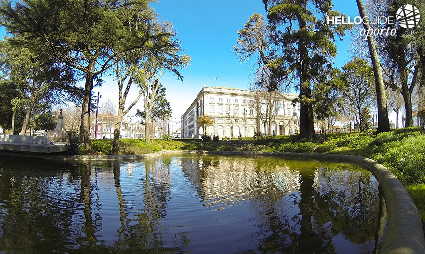 Relax in the Gardens of the city of Porto